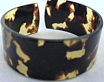 Vintage LuciteTortoise Shell Bangle Bracelet