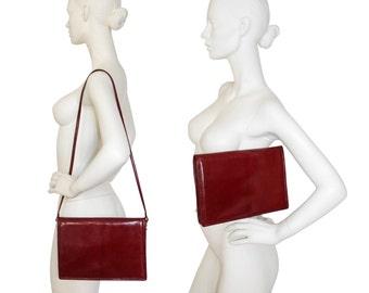 BOTTEGA VENETA Large 1970s Vintage Clutch Handbag Shoulderbag Evening Bag Burgundy Red Leather Envelope Bag