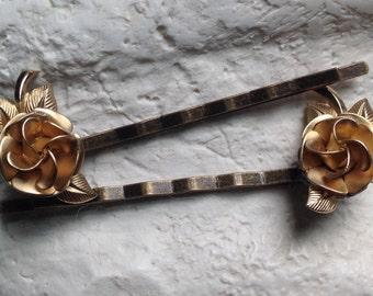 CAVIAR DREAMS Vintage Gold Tone Rose Flower Hair Bobby Pins Matching Pair - Etsy andersonhs