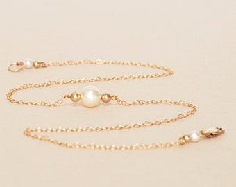 Minimalist Pearl Necklace with Gold Filled Chain, Beads and Findings - Pearl Wedding Jewelry - Dainty Necklace