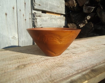 Cherry wood bowl - Wood bowl - Ringer Bearer bowl - Key holder - Small bowl  - Wood key bowl, Carved Wood heart, Anniversary gift, Wood bowl