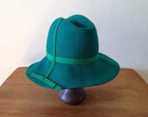 70s green hat / felted wool 70s hat / women's fedora hat / wide brim