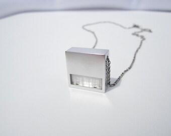 Modern Necklace – Minimalist Contemporary Jewelry Design