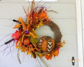 Halloween Wreath - Fall Wreath - Glittered Pumpkin Wreath - Holiday decor - witches hat -   Autumn Wreath - front door wreath