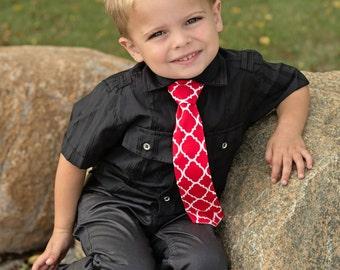Red Quatrefoil Necktie in Sizes Infant, Child, Youth