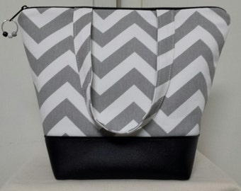 Insulated Lunch Bag, Vinyl Bottom, Chevron, Gray, Work Lunch Bag, Washable, Nylon Lining with Inner Zipper Pocket, Purse, Tote.