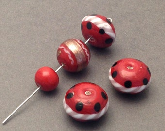 6  red lampwork glass beads #PV 005