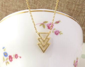 Triple chevron v necklace/Triple Triangle Geo Necklace in Gold, chevron necklace, V necklace,Christmas present,Holiday gift