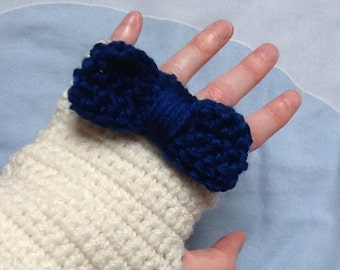 Blue Bow Gloves, Big Bow Gloves, Bow Yarn Gloves, Cream Gloves, Fingerless Gloves, Cream Yarn Gloves, Gloves with Bows, Crocheted Gloves