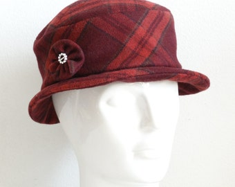 Vintage Winter Hat, Bucket Hat