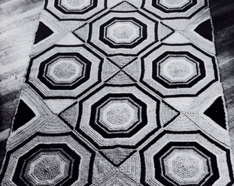 Octagonal Motifs Rug Vintage Crochet Pattern Download