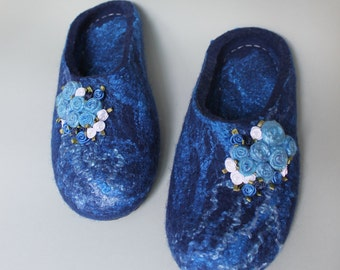 Blue felted slippers for woman, haus shoe handmade READY TO SHIP!