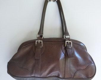 Large Handbag ~ La Diva Italian Designed Shoulder Bag ~ Taupe Brown Leather ~ Leather has shinny finish ~ Well Designed Chrome Hardware