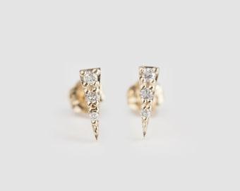 Diamond spike studs, 14k gold, rose gold, white gold, spike earrings, triangle diamond pave earrings, pave dainty diamond stud, spi-e101-dia