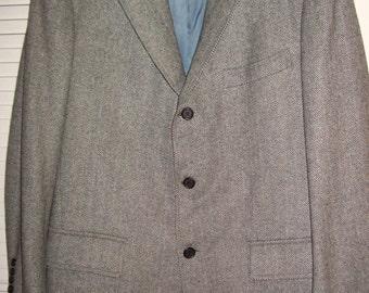 Vintage Hickey FreemanJUST REDUCED  Wool Herringbone Sportcoat Men's 46 R Very fine find ! Perrfect