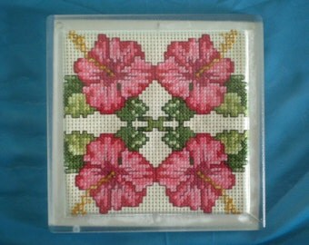 Hibiscus Hand Stitched Clear Acrylic Trivet/Hot Pad
