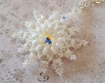 White Snowflake Pendant, White beaded 'Jolly Snowflake' pendant, Beadwork pendant made with Swarovski and Superduos, Beadwoven Pendant