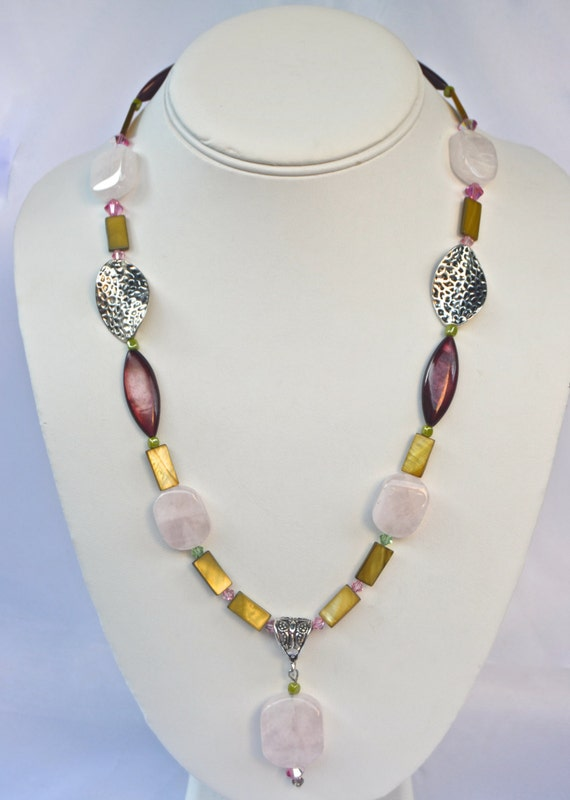 "20"" Rose Quartz and Green Mother of Pearl Necklace"