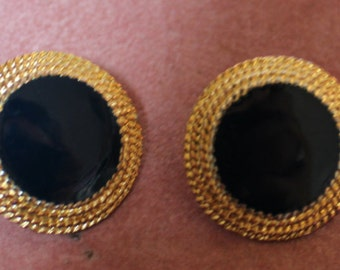Gold/Navy/Circular Button Earrings/Pieced
