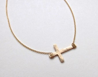 Gold Hammered Horizontal Cross Necklace // Cable Chain