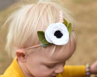 WHITE ANEMONE // single flower headband or alligator clip // felt flower accessories for a whimsical childhood
