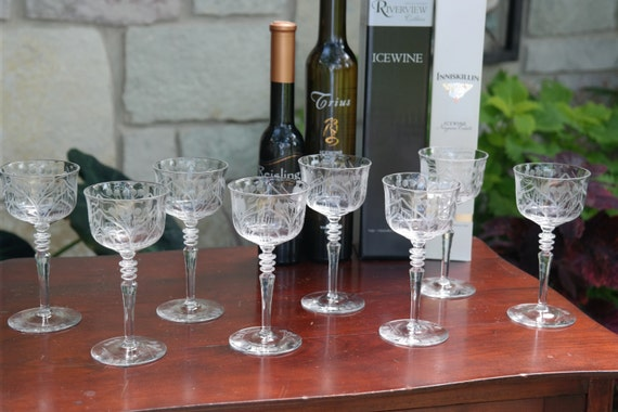 Amazing Vintage Etched Cordial Port Liquor Wine Glasses Set Of