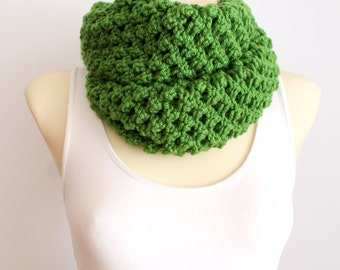Chunky Scarf Thick Knit Scarf Knit Circle Scarf Knit Infinity Scarf Knitted Scarf Women Fashion Accessories Gift Womens Oversized Knitting