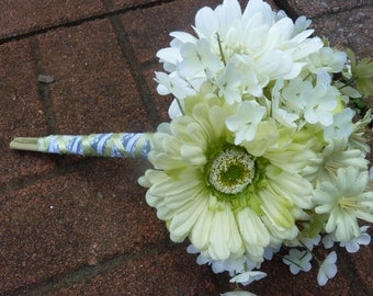 Pretty light green and white gerbera daisy bouquet. Wedding bouquet.