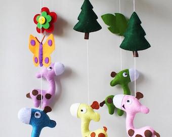 Baby Mobile Giraffes - Baby Crib Mobile - Baby nursery- Baby Room Decorate
