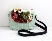 Crossbody Bag, Floral / everyday bag, cross body purse, fabric handbag, fabric purse, small crossbody bag, vegan purse, crossbody purse