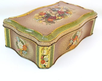 Vintage Hinged Tin Box / Floral Cookie Tin / Metal Storage Container - Scalloped Lidded Box in Green Brown