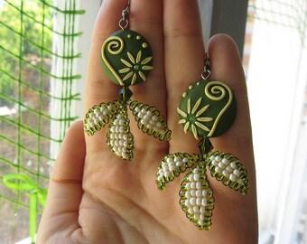 Beaded polymer clay earrings, Swirl earrings, Beaded earrings, Swirl jewelry, Flower earrings, OOAK earrings, Gift for Her, Beaded flower