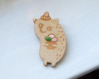 Icecream Bear - wooden brooch, birch wood