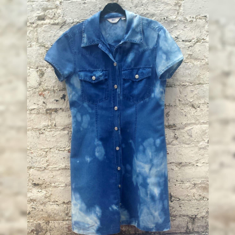 Bleach denim shirt dress tie dye to fit uk size 10 or us size for Bleach dye shirt instructions