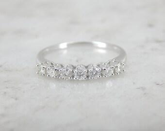 Seven Diamond White Gold Wedding Ring 7DV7QJ-D