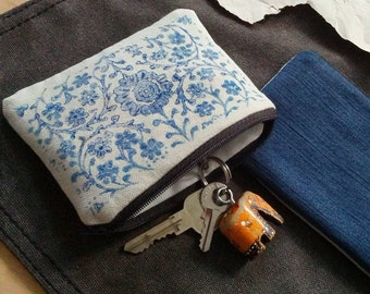 Boho Coin Purse, Pouch with Indian Block Print   Little cotton canvas bag, block printed zipper pouch in indigo blue with denim.