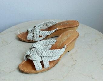 Vintage Hushpuppies Wedge Sandals  Sz 7 US Weaved White Leather Straps Wooden Heel