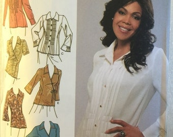 """OOP 3990 Simplicity (2006) """"Khaliah Ali Collection"""" blouse w/front options. Plus size 18W to 24W. Complete, unused, cut. Excellent condition"""
