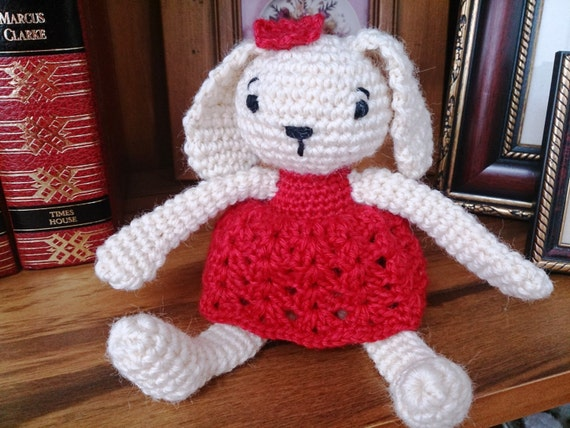Amigurumi Bunny Girl : Amigurumi Bunny Girl. Crochet Rabbit Soft Toy.