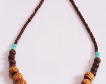Wooden beads Boho style necklace