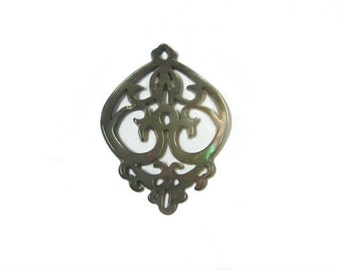 Mother of Pearl Filigree Bead (2pc)