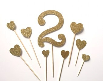 Personalized Age Birthday Cake Topper with Hearts / First Birthday topper