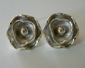 Silver Tone Muli Layer Flower Clip Earrings