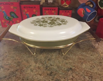 Pyrex Spring Blossom divided dish with lid and cradle #063
