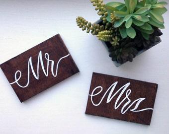 Mr. & Mrs. free standing wood wedding signage