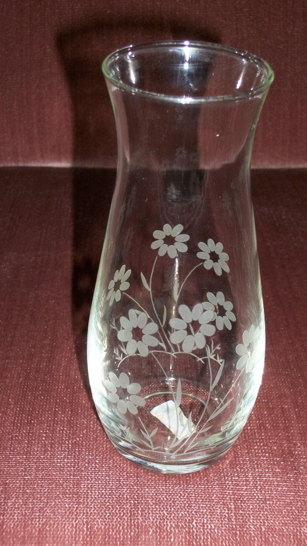 Vintage Pasabahce Glass Flowered Vase