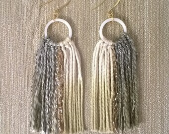 Bengala dye circle shell motif Earrings
