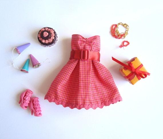 Skaistā apakšveļa, mēbeles un citi nieciņi Barbie un Fashion Royalty lellēm - by FashionBySabine Il_570xN.819549279_rxzc
