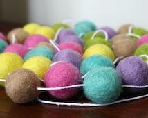 Pastel Easter Garland, Spring Garland, Pom Pom Garland, Banner, Party Decor, Mantel Decoration, Felt Ball Garland