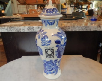 POLAND POLAMP URN with Lid